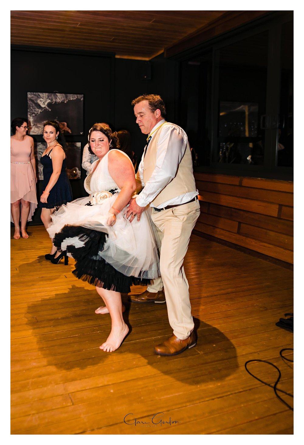 Tangiaro- Kiwi -retreat- Coromandel-Wedding-photo- (140).jpg