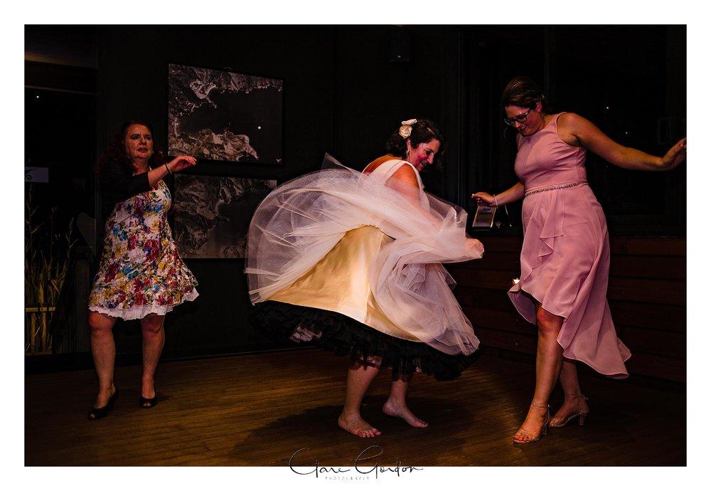 Tangiaro- Kiwi -retreat- Coromandel-Wedding-photo- (123).jpg