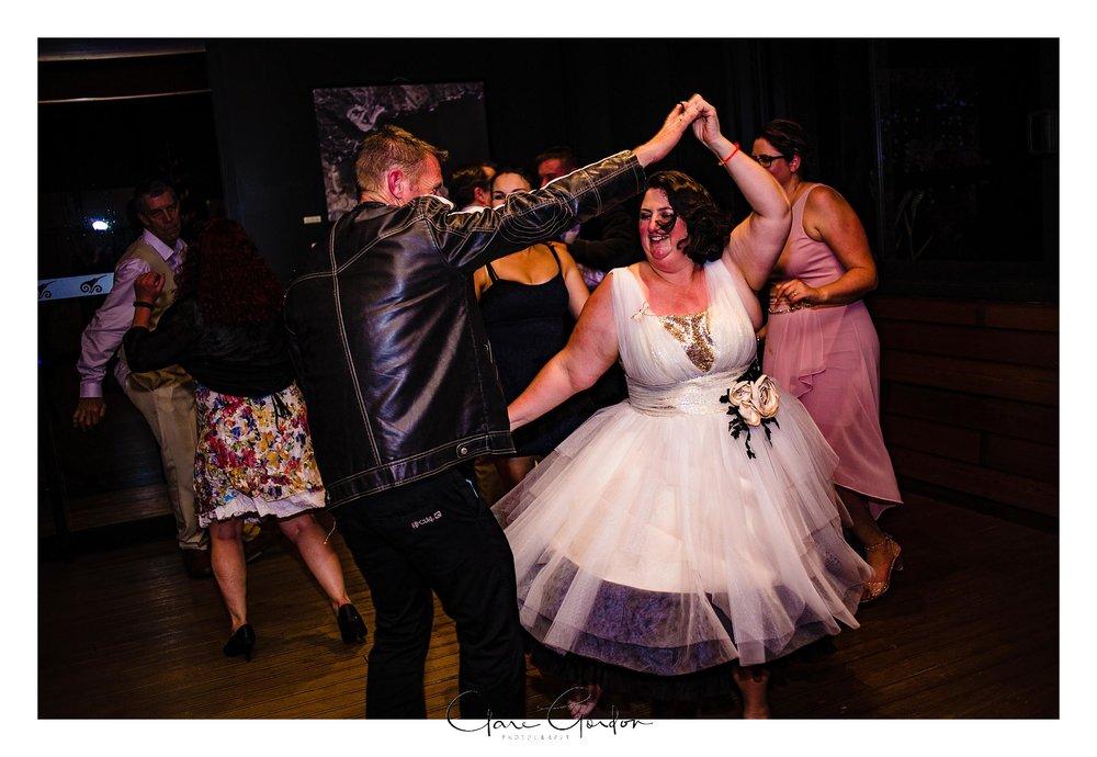 Tangiaro- Kiwi -retreat- Coromandel-Wedding-photo- (124).jpg