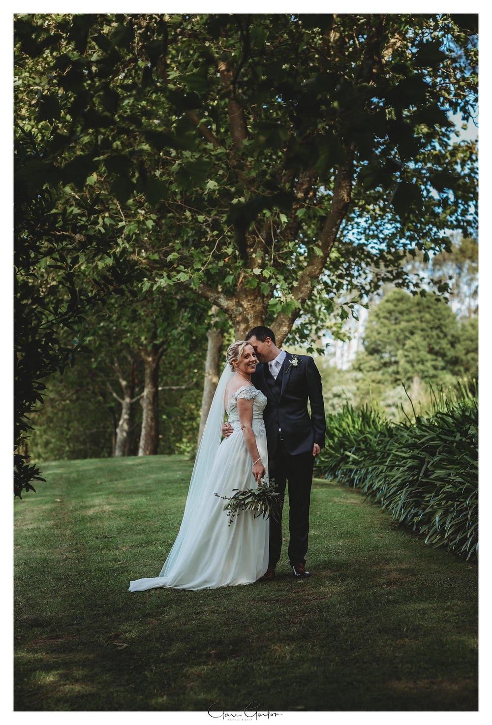 Eagle-Ridge-wedding-bride-and-groom-portrait-photo-Tauranga (158).jpg