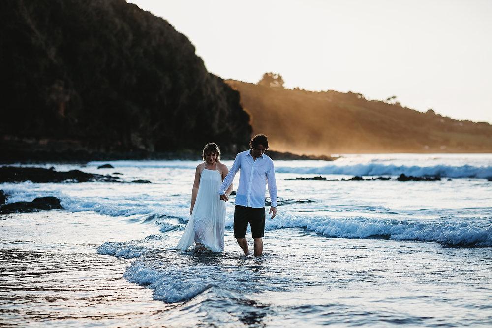 Raglan-beach-couples-engagement-photo-shoot (53 of 79).jpg