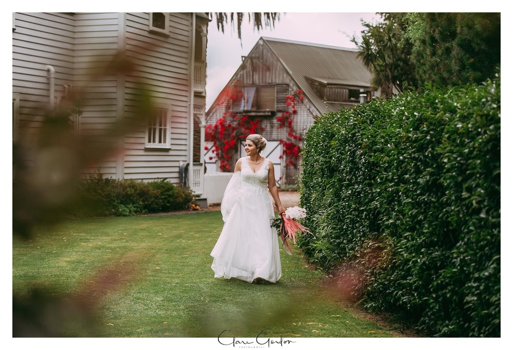 Charlemagne-Lodge-Tauranga-wedding-photo (42).jpg