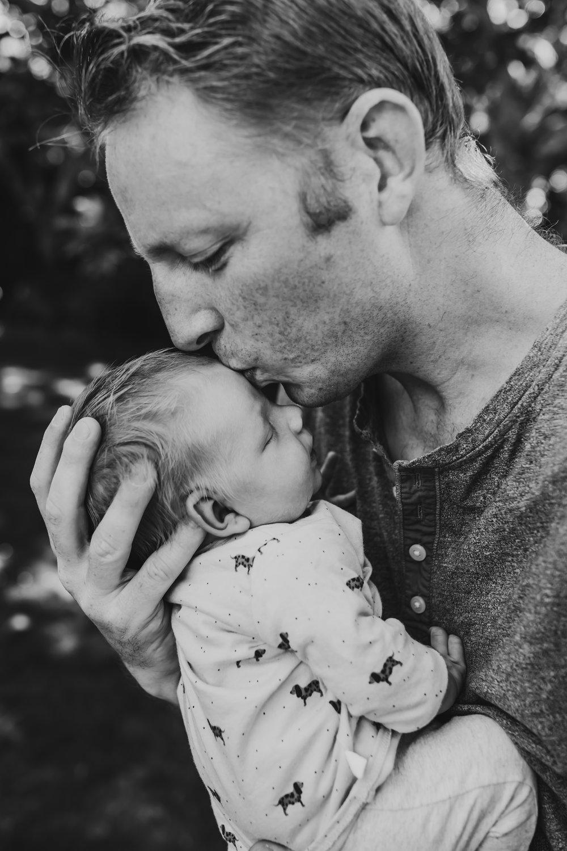Lifestyle-Family-portraits-Hamilton-family-portrait-photographer (29 of 69).jpg