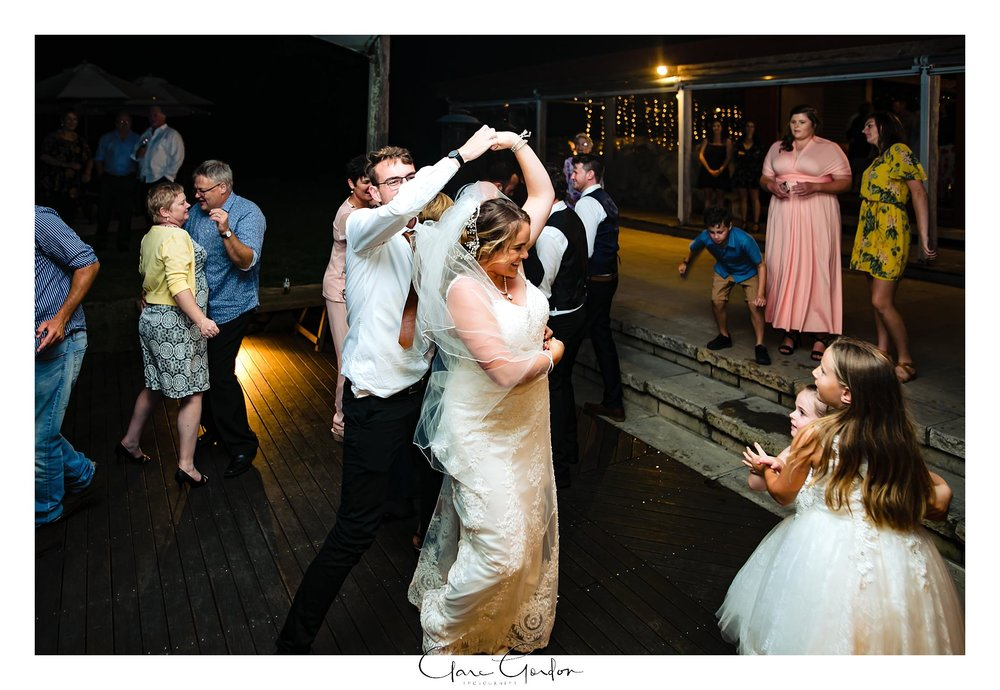 red-barn-wedding-tirau-waikato-wedding (115).jpg