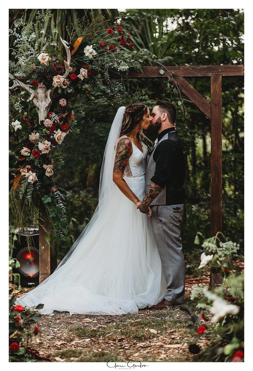 Waikato-wedding-photographer-Forest-weddnig-Hamilton-wedding-Newzealand (89).jpg