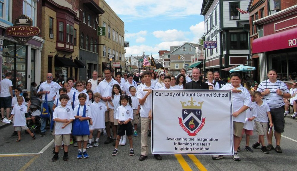 Our-Lady-of-Mount-Carmel-Boonton-Parade-Fall-2016-1024x592.jpg