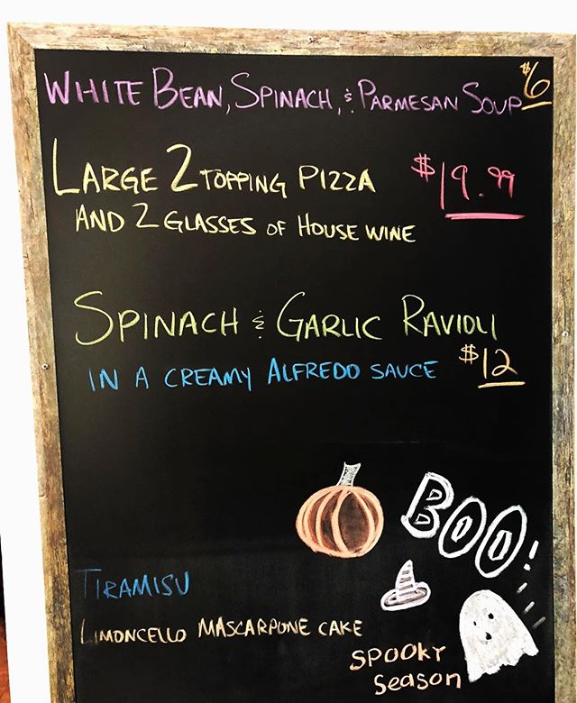 Come join us for lunch today! We are featuring white bean spinach & Parmesan soup, a large 2 topping pizza with 2 glasses of house wine for $19.99 and a creamy spinach & garlic ravioli! Yum! #whitebeansoup #ravioli #pizza #dailydeals #lunchspecials #italianfood #eatlocal #supportlocal #downtownamelia #ameliaisland