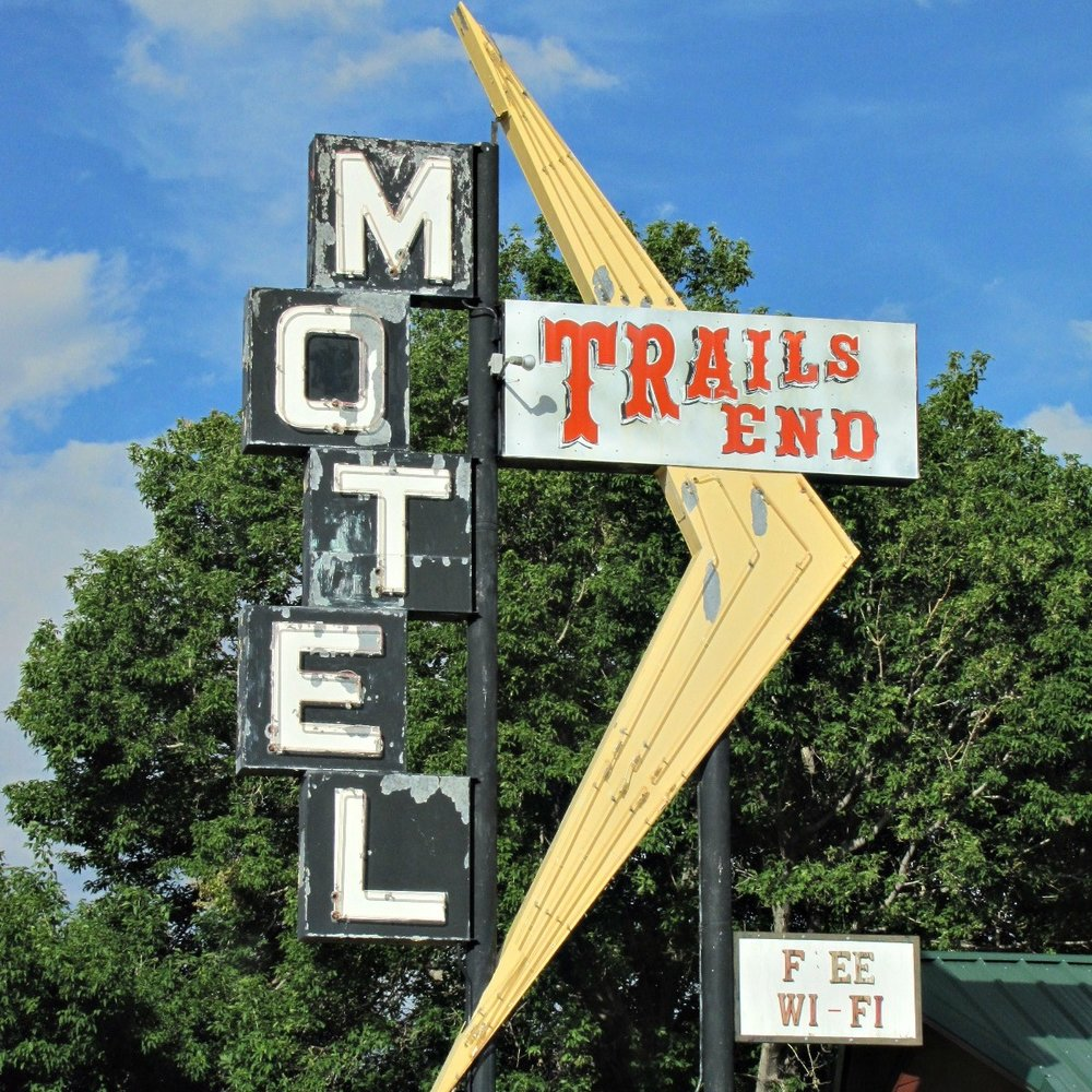 Trails+End+Motel.jpg