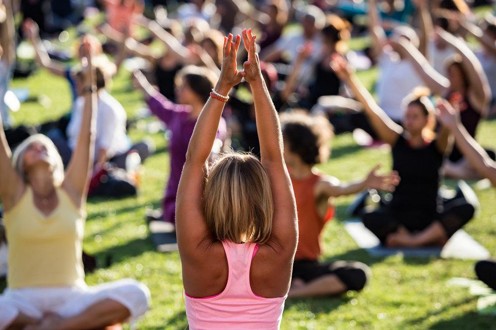 YogaClass1-1368x912.jpg
