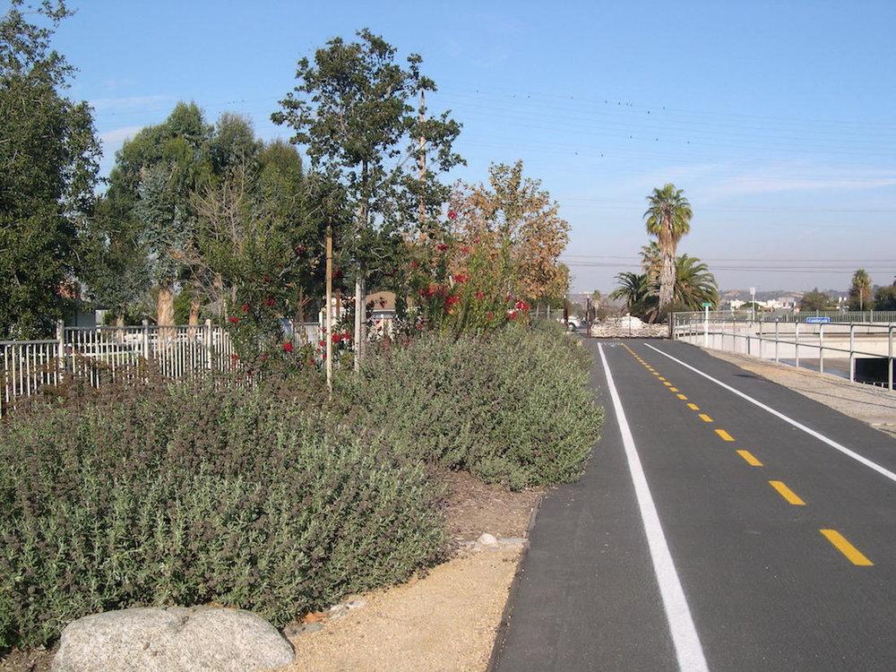 ballona_creek_bike_trail_4.jpg