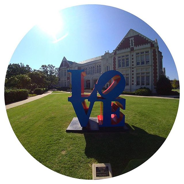 "Epic art 🖼 on the OU campus ""Love"" by Robert Indiana how does a sculpture like this make you feel? #oklahomauniversity #robertindiana"