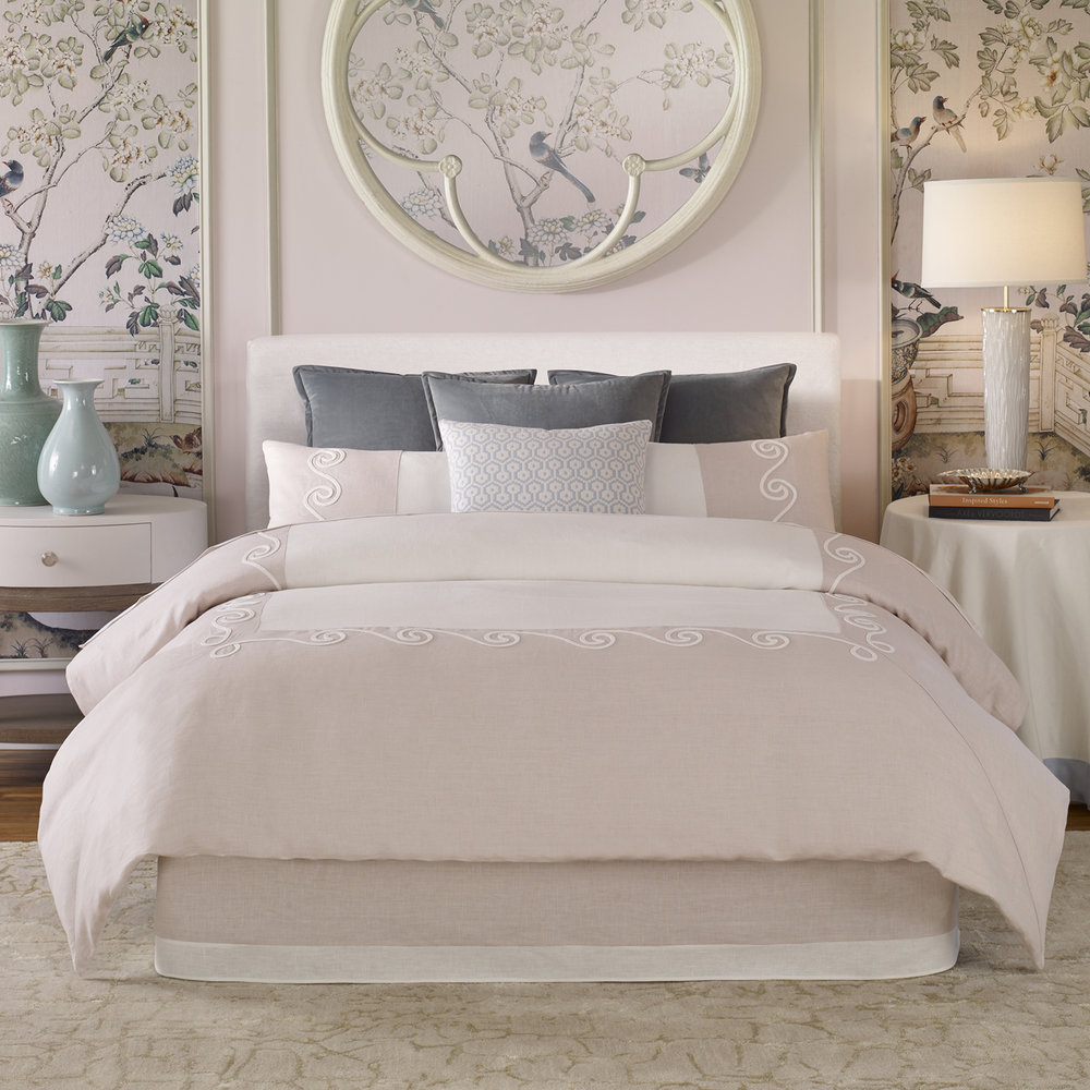SIGNATURE COLLECTION - BEDDING
