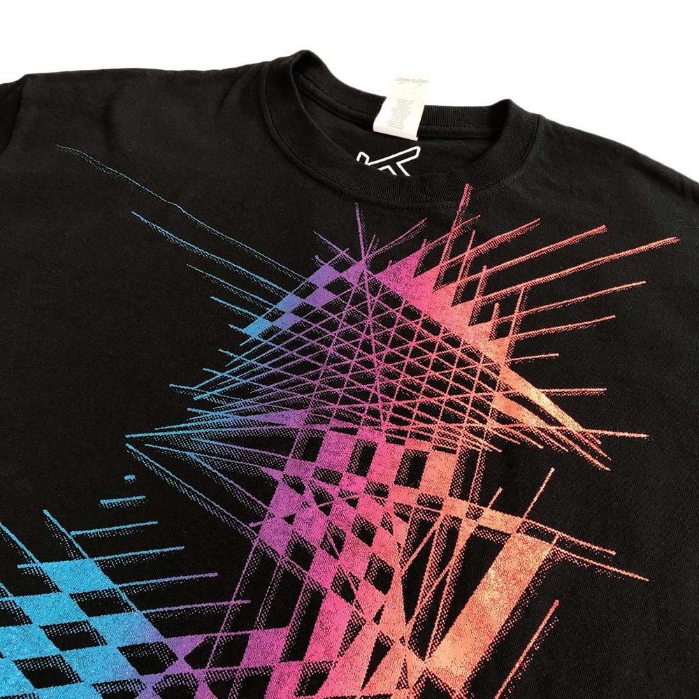 Line-Art-T-shirt-closeup.jpg