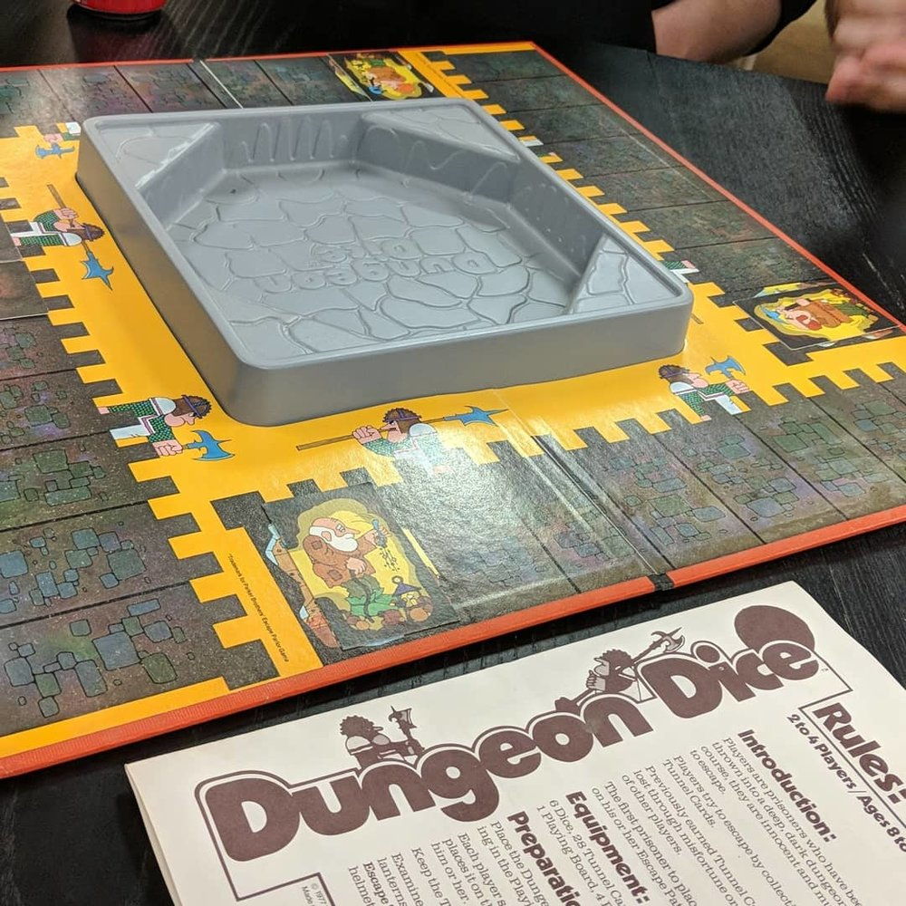 Dungeon Dice - 1977 Parker Brothers