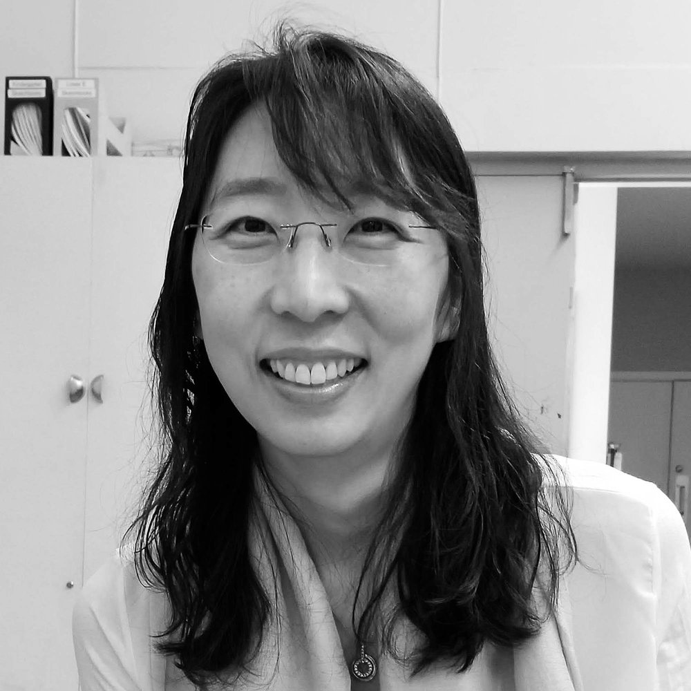 Catherine Kim_portrait-2.jpg