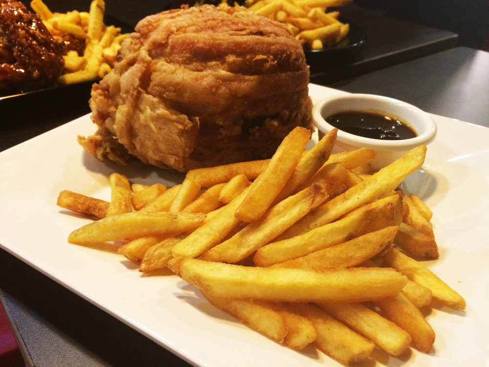 zarks-bacon-wrapped-burger.jpg