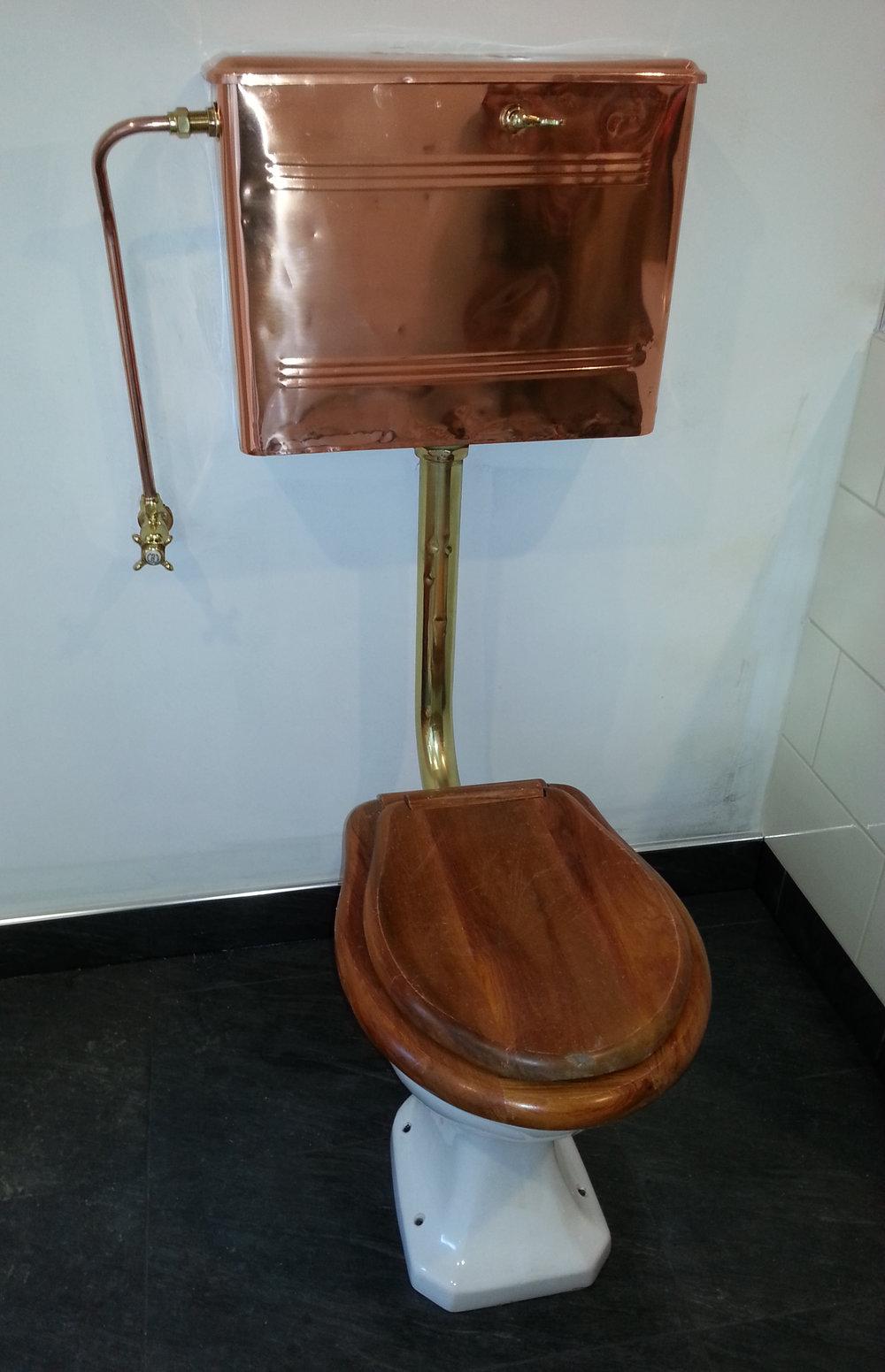 Heritage toilet installation