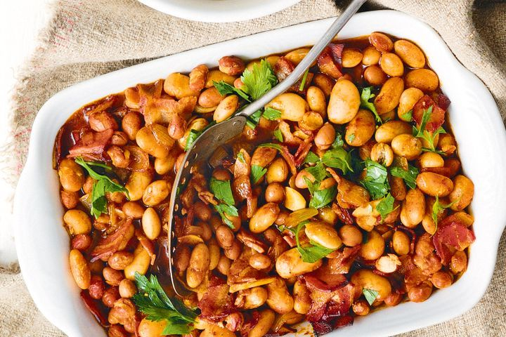 spiced-oven-baked-beans-with-pancetta-87975-1.jpeg