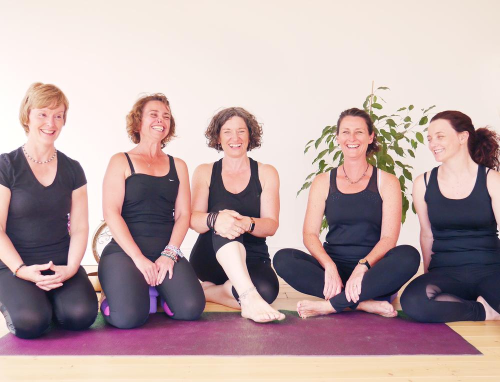 Aruna Yoga Home - 9_Teachers.png