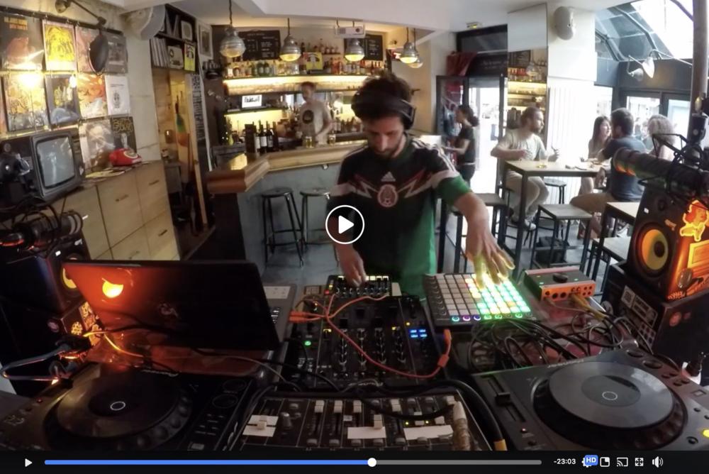 Live at Le Mellotron