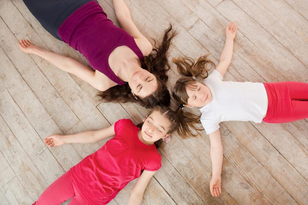 #SUPER-PRIMAIRE - Pour occuper les enfants pendant les vacances, inscrivez-les à un stage de yoga et méditation TOPANGA. Ils apprendront à se détendre, mais aussi à se concentrer et à développer leur capacité d'attention. Ils vont bouger, respirer, s'amuser et apprendre à mieux se connaître!5 ateliers quotidiens pendant les vacancesEnfants de primaires