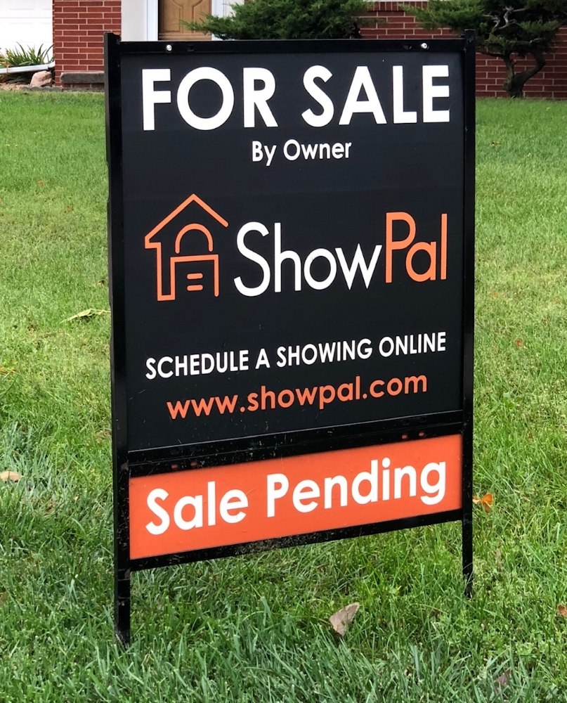Yard Sign - Don't waste your money on cheap hardware store yard signs. Get noticed with a premium ShowPal yard sign that directs buyers to simply schedule their showing online
