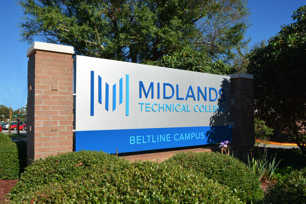Midlands Tech 7672.jpg