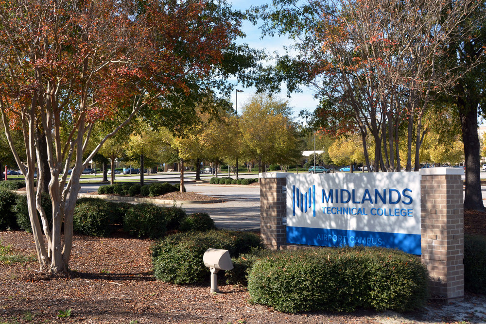 Midlands Tech 8589.jpg