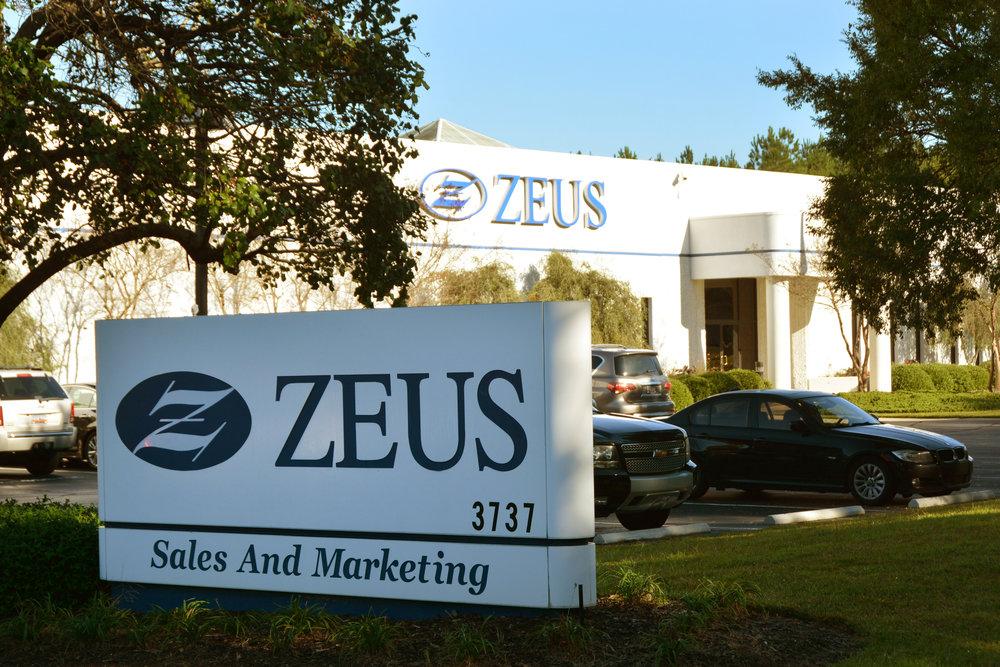 Zeus 7265.jpg