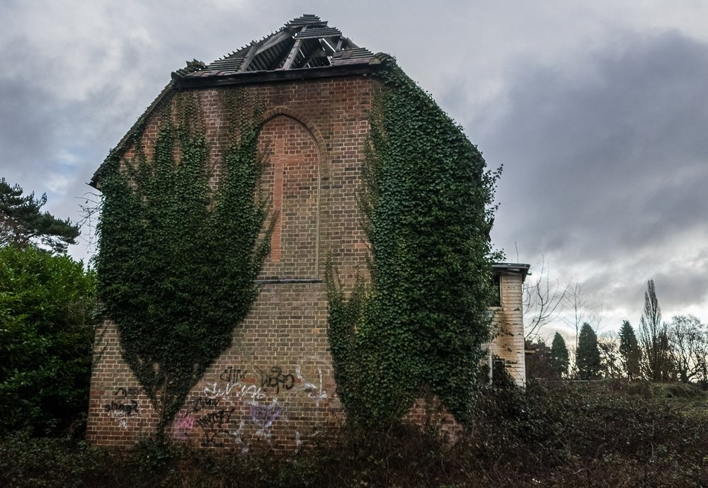 Satanic Church/Retreat - A burnt out religious retreat that has a lot of weird history rumours including a priest who turned to satanism, alleged sacrifice of a priest and subsequent exorcism.Didnt get a whiff of any of this whilst I was there but some nice scneses to capture