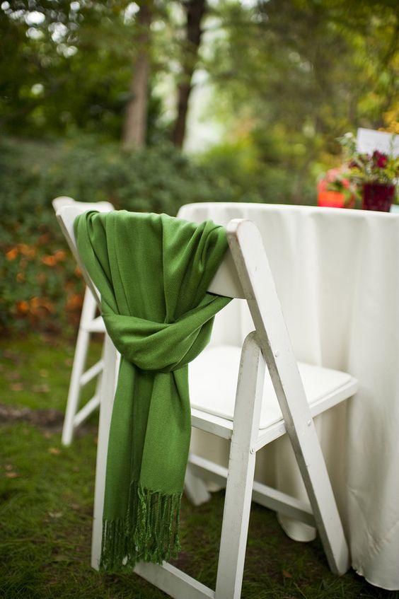 casamento-chic-cadeiras-pashminas.jpg