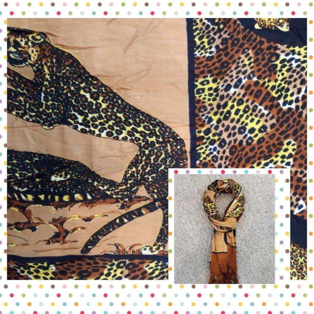 Echarpe Estampa Animal de Tigre - Cores: marrom, amarelo, rose, terracota, preto