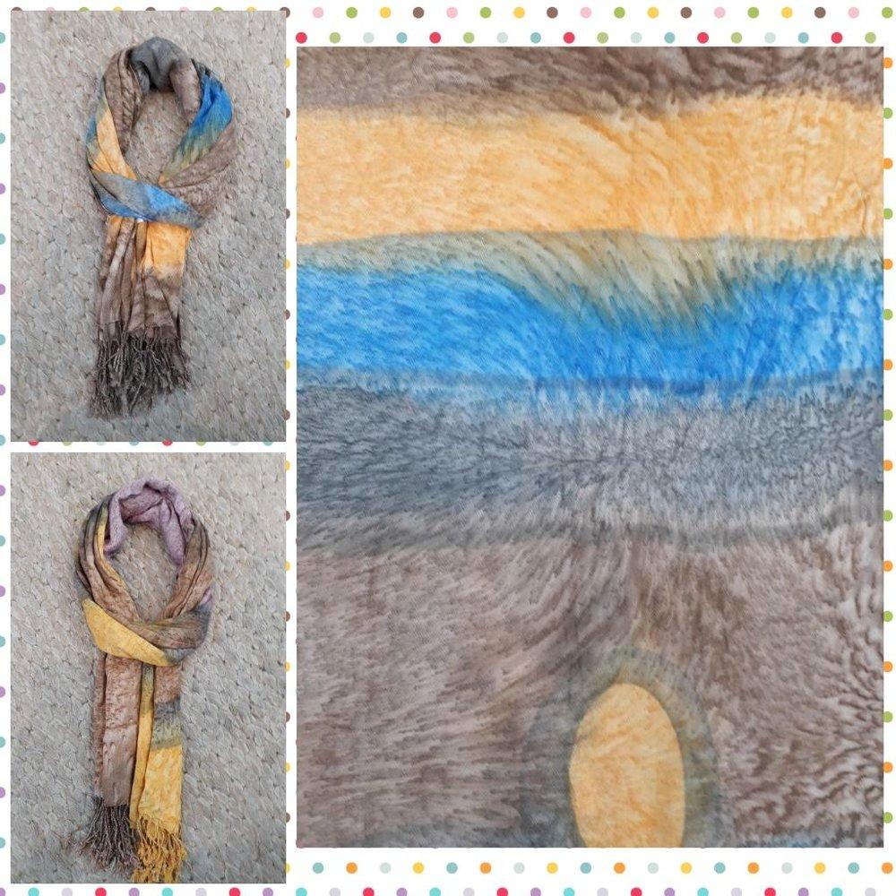 Echarpe Estampa Artistica Abstrata /Pintura - Cores: azul claro degrade, amarelo, laranja, marrom, bege, lilas degrade