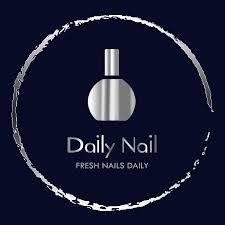 Daily Nails logo.jpg