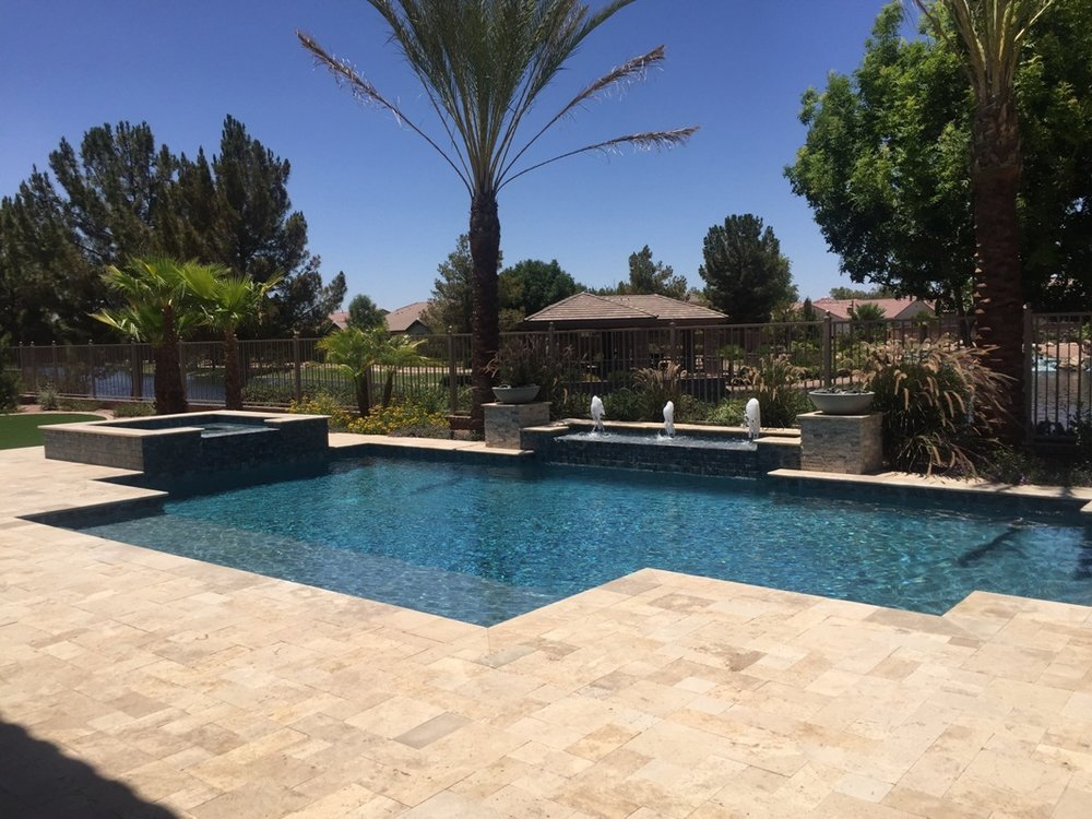 pool w waterfeature2.jpg