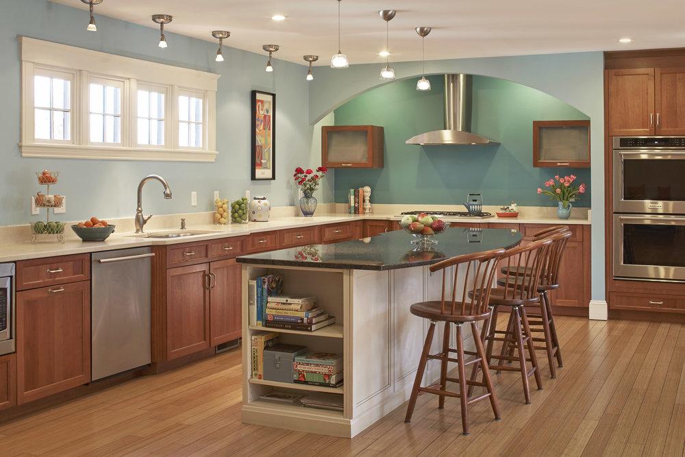 470 _pleasant_st_kitchen2.jpg