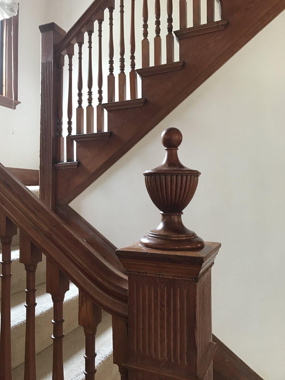 Pleasant 548 Staircase.JPG