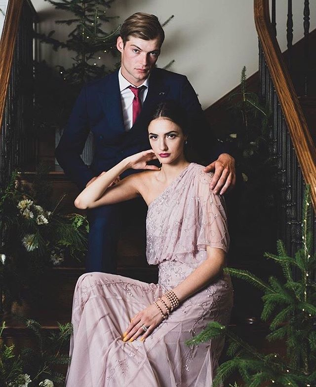 HOLIDAY EDITORIAL x @bayshoreottawa 🌿 ⠀⠀⠀⠀⠀⠀⠀⠀⠀ #photographer @brittanygawley #editorial @luxeottawamagazine #asst @grace.de.castro #styling @dominique.baker for @blackbooklifestyle #hair @fernandinobayshore #models @angiesmodels #set #greenery @riverwoodgardens #floralassistant @rosielle_ ⠀⠀⠀⠀⠀⠀⠀⠀⠀ THANK YOU TO ALL WHO MADE THIS DAY THE BEST! ❤️ We love what @brittanygawley can do with a camera. 😊 Go check out @luxeottawamagazine to view the full editorial. - - - - - - #flowers #florist #ottawaflowers #ottawaflorist #designerschoice #designer #floraldesigner #seasonal #seasonalblooms  #winter #christmas #winterbeauty #luxe #beautifulflowers #flowerarrangment #holidayfashion #holidays #holidayseason #glam #riverwoodgardens