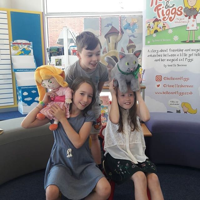 👸🏼🐱🌈💜We had some fun at Lutterworth Library and Hollie and Figgs made new friends.  Are you following Hollie and Figgs Facebook page? I write all about Hollie and Figgs book developments and adventures. You can see a taster animation of Hollie and Figgs on the FB recent post. 👸🏼🐱🌈💜 . . . . . . #childrensbook #kids #kidslit #book #children #pintrest #fairytale #instagram #instacat #love #friend #family #mum #hollieandfiggs #instagood #catsofinstagram #girl #sweet #literature #toys #plushtoys #adventuretime #adventure #magical #magic