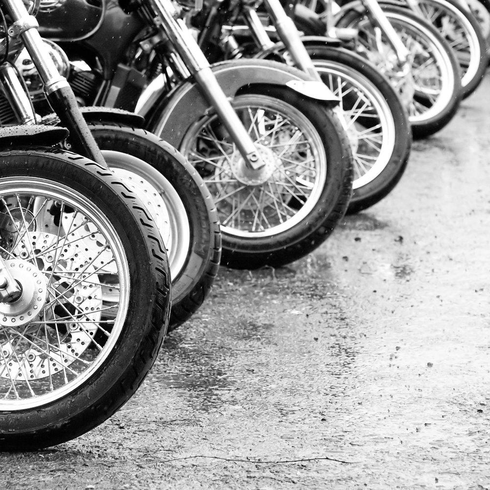 photodune-20424836-motorcycles-lbw.jpg