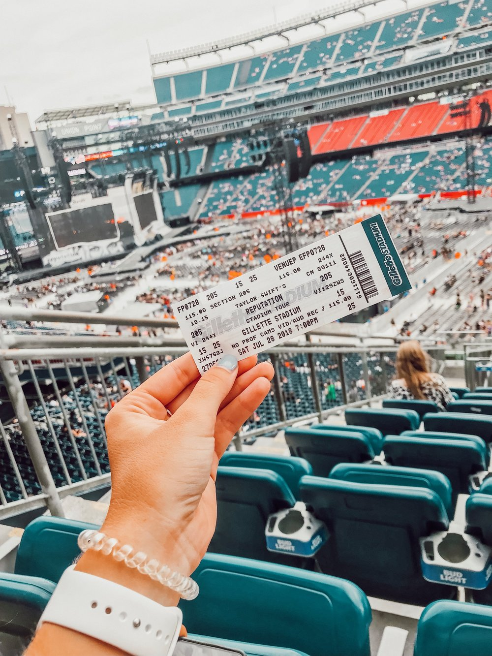saw taylor swift live at gillette / went to gillette for the first time