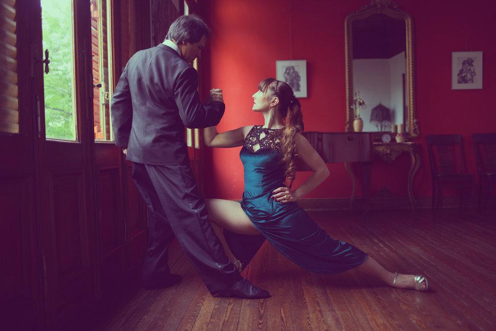 Argentine tango teachers Alberto Sendra and Fernanda Japas.