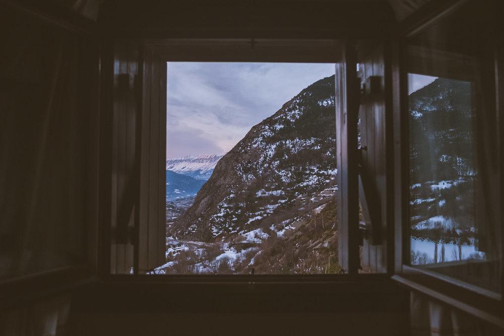 Sunrise Room View @ Benasque Valley