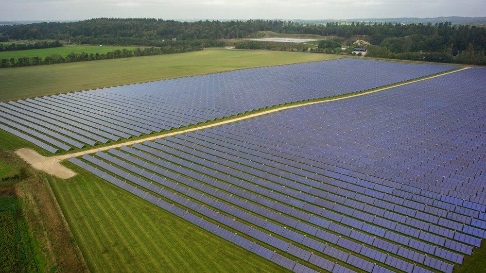DRONNINGLUND - Solvarmeanlæg dækker halvdelen af byens varmebehov