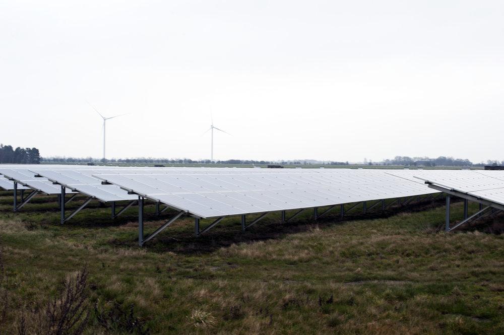 RØDBY FJORD - Energilandskab med solceller og vindmøller