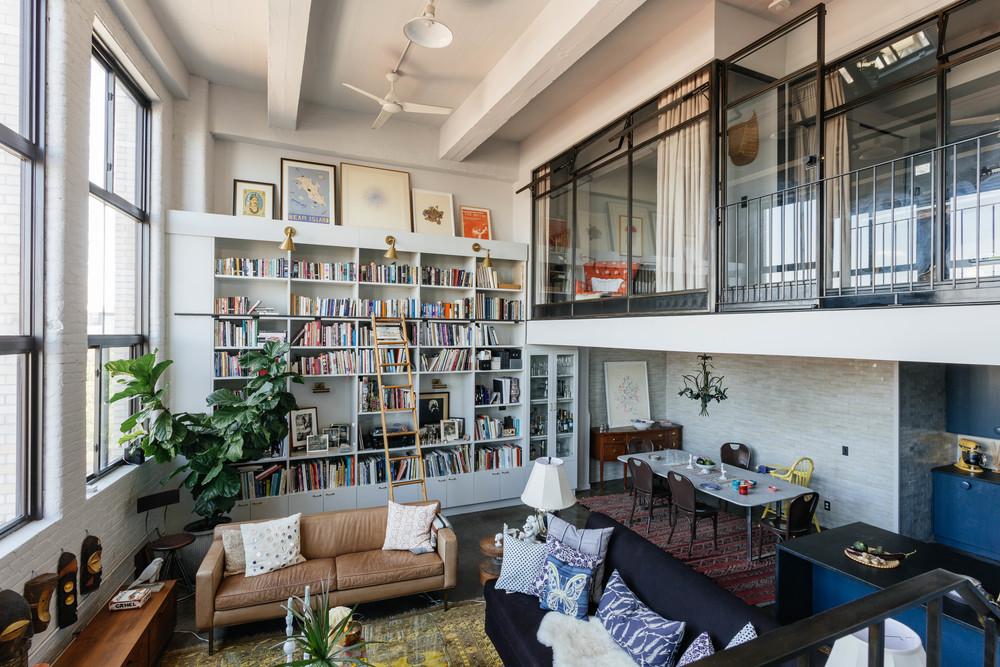 Loft apartment in Williamsburg    | design by Space Exploration