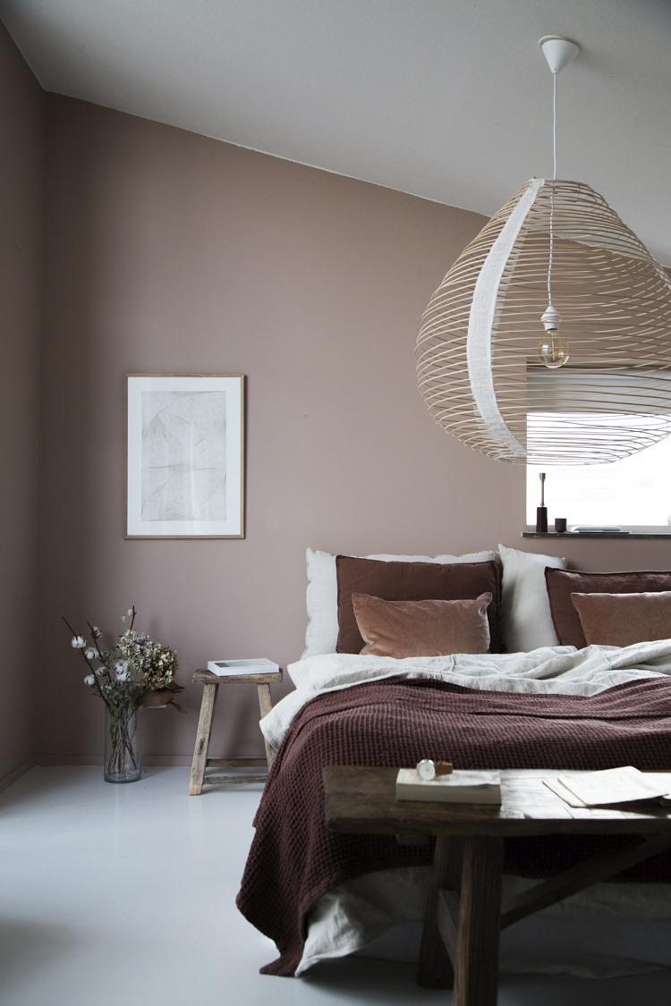 The colorful bedroom of Niki Brantmark