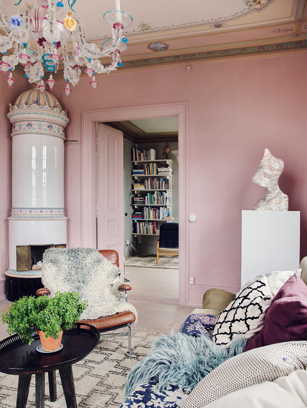 The Nordroom - A Colorfully Decorated 19th-Century Swedish Summerhouse