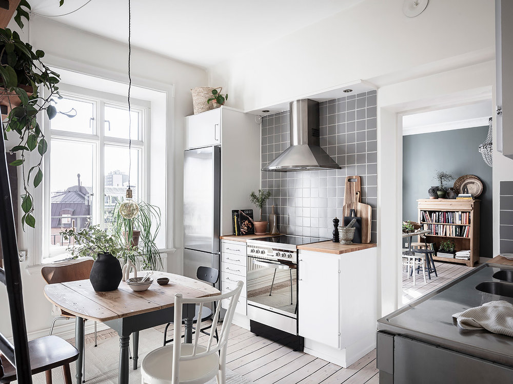 The Nordroom - Swedish Apartment with Blue Walls