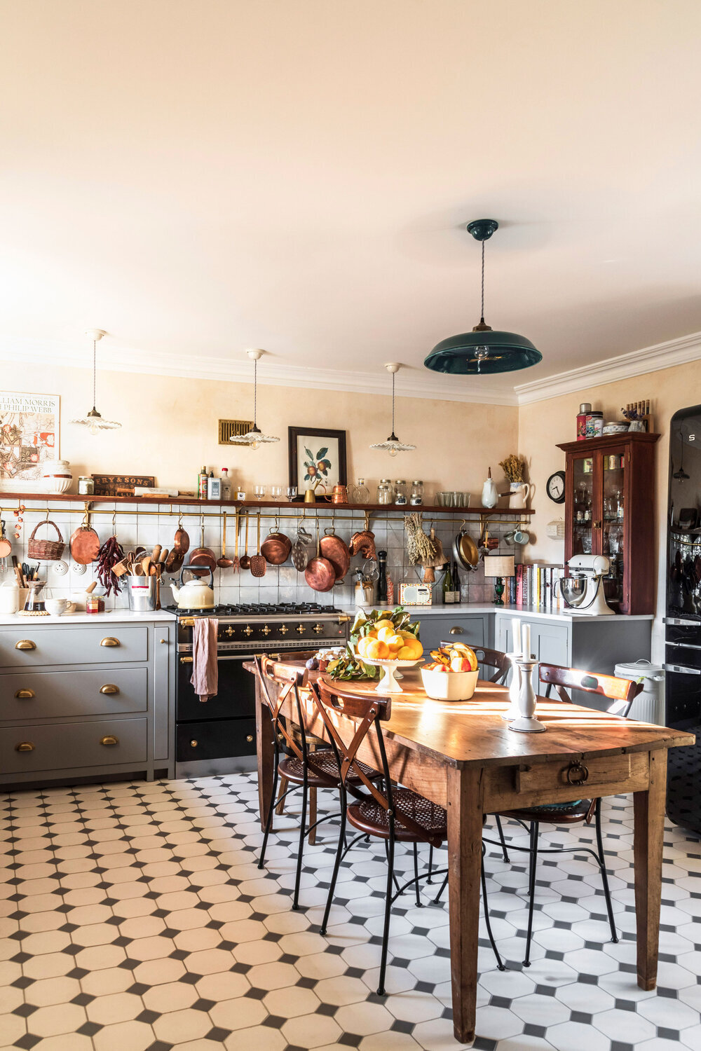 A Cozy Cluttered French Style Kitchen By Devol The Nordroom